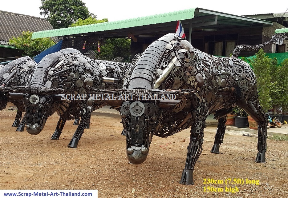 Bull statues for sale, life size metal Bull sculptures - Metal Animal Art from Thailand